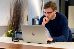 هنگ کردن لپ تاپ